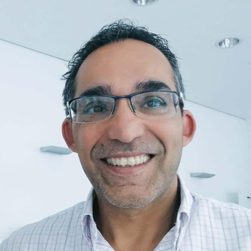 Dr. Farzad Foruhari